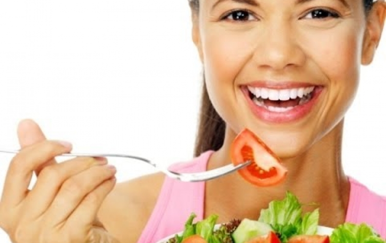 4 Foods That Brighten Your Skin